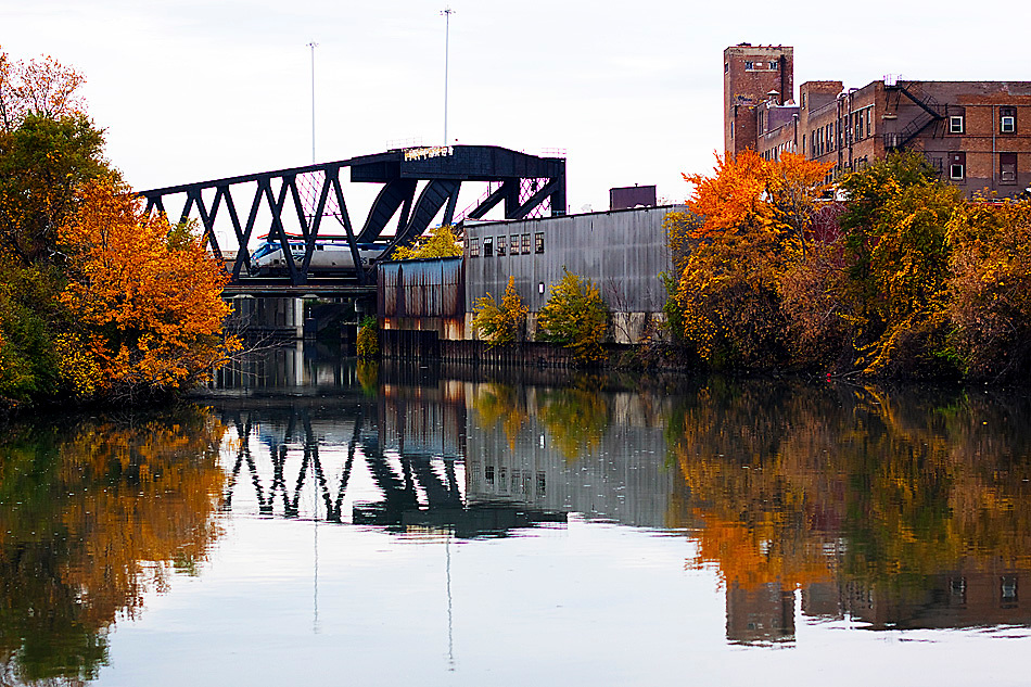 An inbound Amtrak Lincoln Service train crosses the South Branch of the Chicago River, otherwise known as Bubbly Creek.