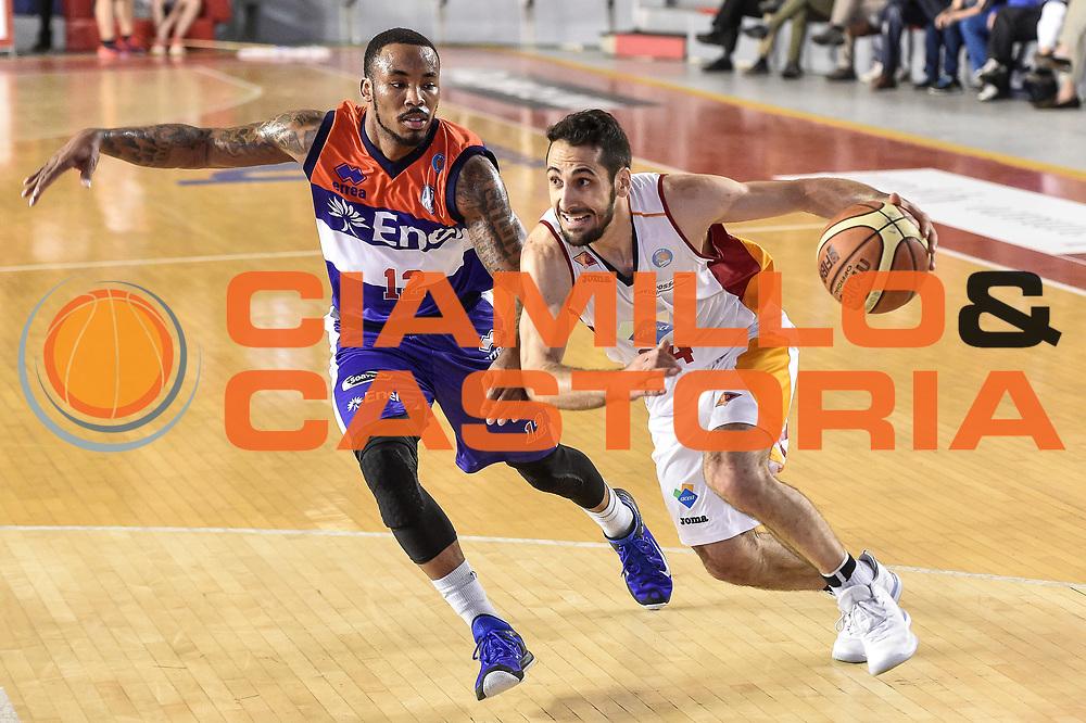 DESCRIZIONE : Campionato 2014/15 Virtus Acea Roma - Enel Brindisi<br /> GIOCATORE : Rok Stipcevic<br /> CATEGORIA : Palleggio Penetrazione<br /> SQUADRA : Virtus Acea Roma<br /> EVENTO : LegaBasket Serie A Beko 2014/2015<br /> GARA : Virtus Acea Roma - Enel Brindisi<br /> DATA : 19/04/2015<br /> SPORT : Pallacanestro <br /> AUTORE : Agenzia Ciamillo-Castoria/GiulioCiamillo