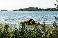 Praia do Ribeirão da Ilha durante maré baixa. Florianópolis, Santa Catarina, Brasil. / Ribeirao da Ilha Beach at low tide. Florianopolis, Santa Catarina, Brazil.