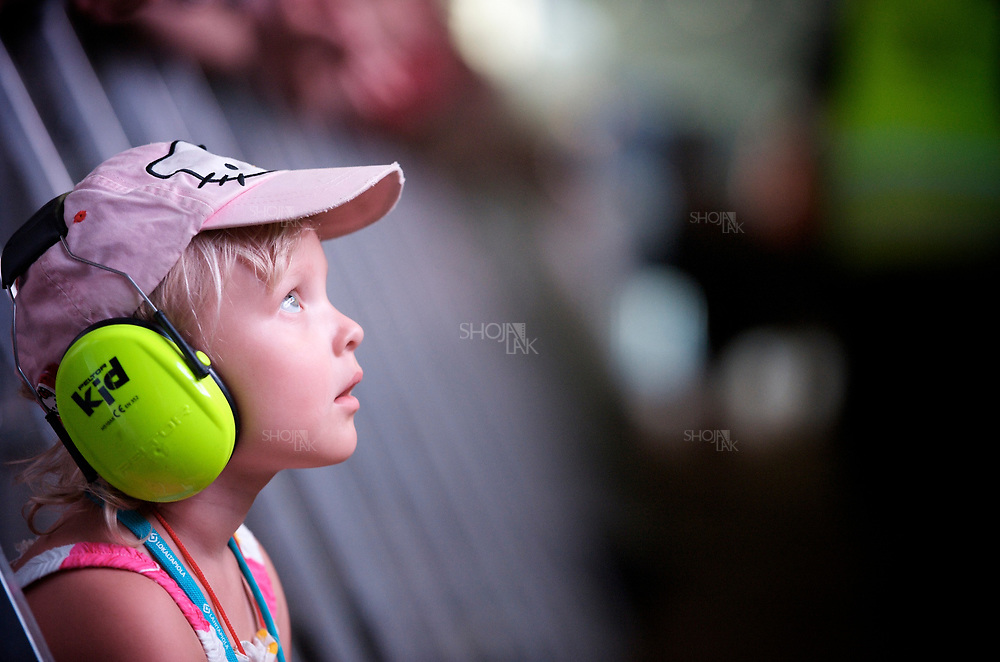 July 06, 2014. Turku, Finland. <br /> Minttu Merenvainiop watching Robin perfprmence in ruisrock festival 2014.     ( Photo by Shoja Lak) .