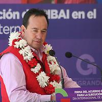 Acambay, México.- Irineo Ruíz  González, alcalde de Acambay, durante la firma del acuerdo de coordinación para la ejecución del Programa PIBAI, en el GEM y la Comisión Nacional para el Desarrollo de los Pueblos Indígenas.  Agencia MVT / José Hernández