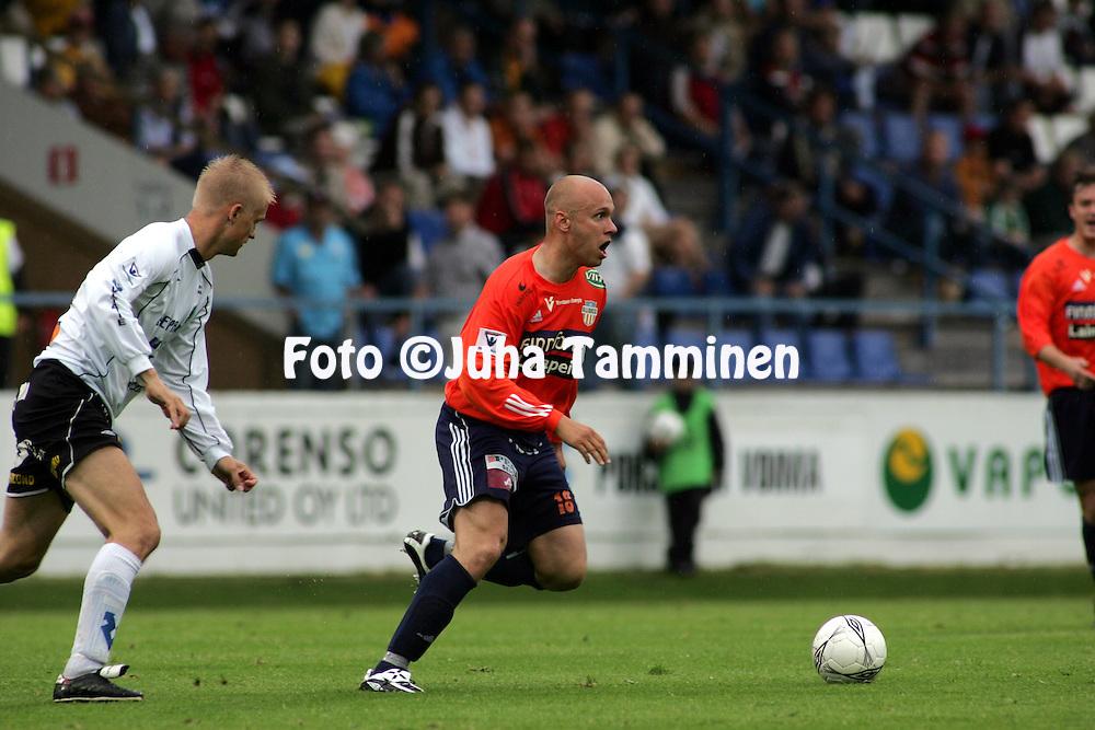 07.07.2005, Tehtaankentt?, Valkeakoski, Finland..Veikkausliiga 2005 / Finnish League 2005.FC Haka v AC Allianssi.Ville Lehtinen - Allianssi.©Juha Tamminen.....ARK:k
