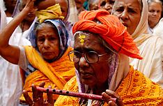 India - Widows Festival At A Dharmasala - 09 Nov 2016