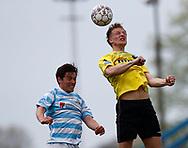 FODBOLD: Thomas Dalgaard (Vendsyssel FF) i luften med Vito Hammershøy-Mistrati (FC Helsingør) under kampen i NordicBet Ligaen mellem FC Helsingør og Vendsyssel FF den 14. maj 2017 på Helsingør Stadion. Foto: Claus Birch