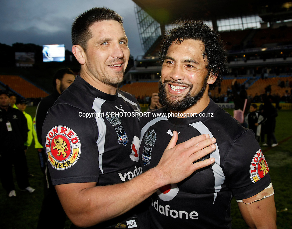 Warriors captain Steve Price and Ruben Wiki at the conclusion of the match. NRL, Vodafone Warriors v Penrith  Panthers, Mt Smart Stadium, Auckland, Sunday 31 August 2008. Photo: Andrew Cornaga/PHOTOSPORT