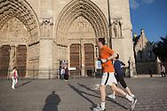 Cathedral notre dame de paris Font door