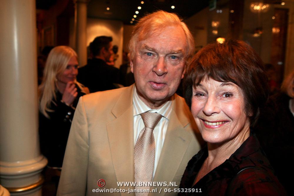 NLD/Amsterdam/20080404 - Premiere Porgy and Bess, Henk van der meyden en Mies Bouwman
