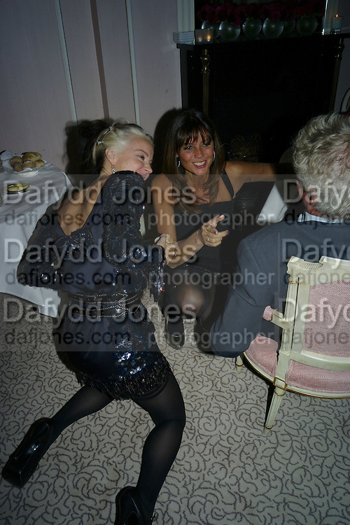 DAPHNE GUINNESS AND DEBBIE VON BISMARCK, Dinner hosted by Elizabeth Saltzman for Donatella Versace. Claridge's Hotel, Brook Street, Mayfair, London. 11 March 2008.  *** Local Caption *** -DO NOT ARCHIVE-© Copyright Photograph by Dafydd Jones. 248 Clapham Rd. London SW9 0PZ. Tel 0207 820 0771. www.dafjones.com.