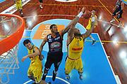 DESCRIZIONE : Bari Lega A2 2011-12 Toys&More Final Four Coppa Italia Semifinale Givova Scafati Fileni BPA Jesi<br /> GIOCATORE : Jeffrey Brooks<br /> CATEGORIA : special rimbalzo<br /> SQUADRA : Fileni BPA Jesi<br /> EVENTO : Campionato Lega A2 2011-2012<br /> GARA : Givova Scafati Fileni BPA Jesi<br /> DATA : 03/03/2012<br /> SPORT : Pallacanestro<br /> AUTORE : Agenzia Ciamillo-Castoria/M.Marchi<br /> Galleria : Lega Basket A2 2011-2012  <br /> Fotonotizia : Bari Lega A2 2010-11 Toys&More Final Four Coppa Italia Semifinale Givova Scafati Fileni BPA Jesi<br /> Predefinita :
