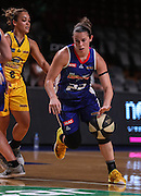 WNBL Adelaide Lightning ve Sydney Uni Flames at the Titanium Security Arena  Photo: AllStar photos