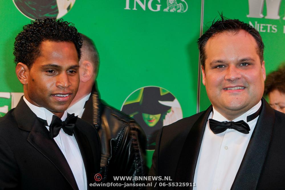 NLD/Scheveningen/20111106 - Premiere musical Wicked, Jan Kees de Jager en partner
