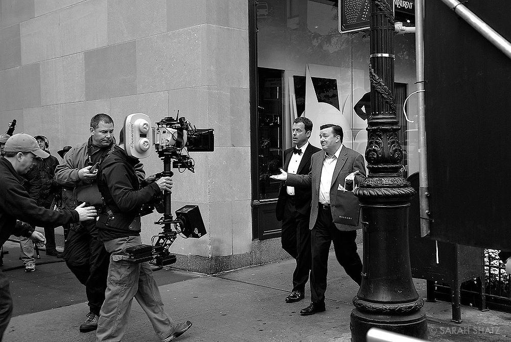"""Greg Kinnear & Ricky Gervais film """"Ghost Town"""" on location in New York City"""
