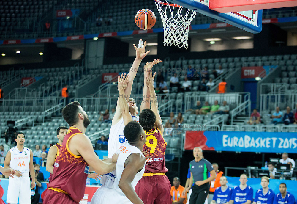 06-09-2015 CRO: FIBA Europe Eurobasket 2015 Nederland - Macedonie, Zagreb<br /> Henk Norel of Netherlands vs Damjan Stojanovski of Macedonia during basketball match between Netherlands and Macedonia at Day 2 in Group C of FIBA Europe Eurobasket 2015, on September 6, 2015, in Arena Zagreb, Croatia. Photo by Vid Ponikvar / RHF