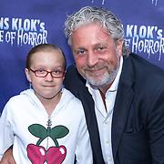 NLD/Amsterdam/20180816 - Inloop 1e Amsterdamse voorstelling Hans Klok on tour, Mark Teurlings en dochter