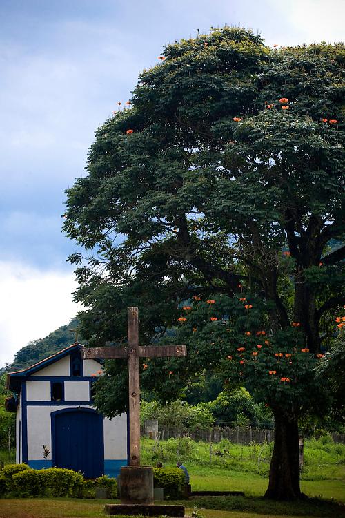 Ponte Nova_MG, Brasil...Igreja do Divino no distrito de Cedros...Divino church in the Cedros district...Foto: BRUNO MAGALHAES / NITRO