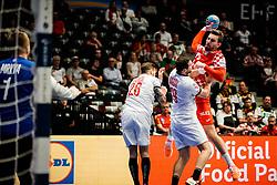 20.01.2020, Wiener Stadthalle, Wien, AUT, EHF Euro 2020, Kroatien vs Tschechische Republik, Hauptrunde, Gruppe I, im Bild v. l. Marek Vanco (CZE), Tomas Babak (CZE), Matej Hrstic (CRO) // f. l. Marek Vanco (CZE) Tomas Babak (CZE) Matej Hrstic (CRO) during the EHF 2020 European Handball Championship, main round group I match between Croatia and Czech Republic at the Wiener Stadthalle in Wien, Austria on 2020/01/20. EXPA Pictures © 2020, PhotoCredit: EXPA/ Florian Schroetter
