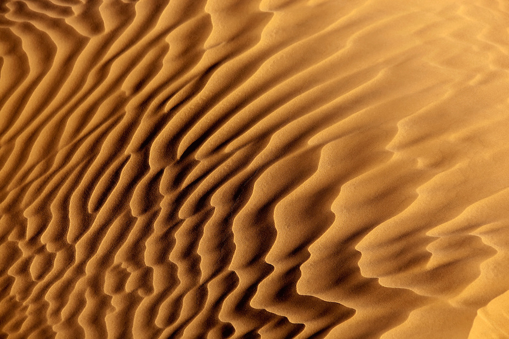 Diagonal desert sand pattern in the Sahara desert.