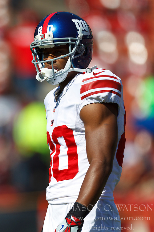 SAN FRANCISCO, CA - OCTOBER 14: Wide receiver Victor Cruz #80 of the New York Giants warms up before the game against the San Francisco 49ers at Candlestick Park on October 14, 2012 in San Francisco, California. The New York Giants defeated the San Francisco 49ers 26-3. Photo by Jason O. Watson/Getty Images) *** Local Caption *** Victor Cruz
