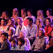 NLD/Hilversum/20120901 - 2de liveshow AVRO Strictly Come Dancing 2012, fans Ria Valk