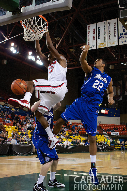 November 26th, 2010:  Anchorage, Alaska - St. John's senior forward Justin Brownlee (32) dunks in the Red Storm's semi final game of the Great Alaska Shootout against the Drake Bulldogs.  The Red Storm defense held Drake to a tournament low score as St. Johns advanced to the final game 82-39.
