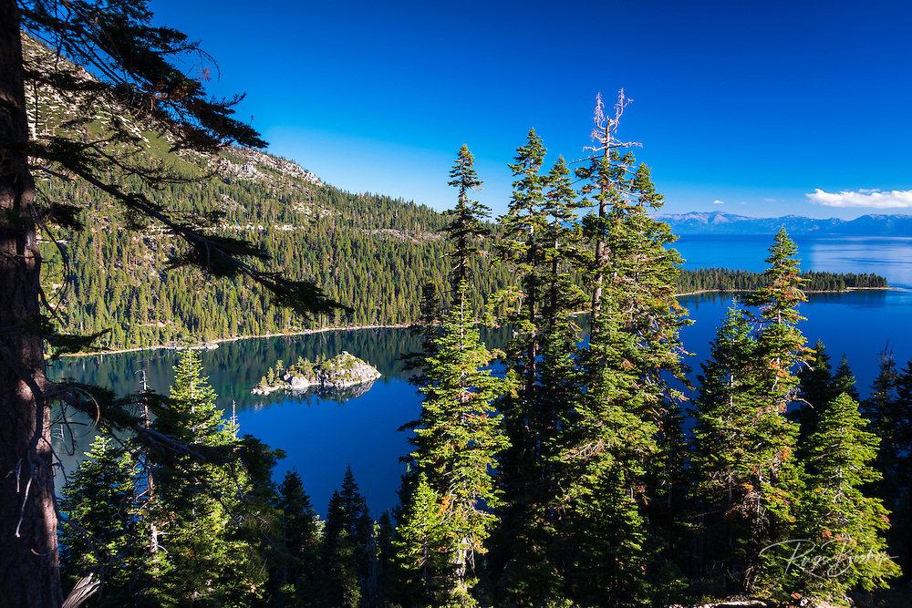 Fannette Island, Emerald Bay State Park, Lake Tahoe, California USA