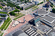 Nederland, Noord-Holland, Amsterdam-Zuid, 29-06-2018; Europaplein met Rai Congrescentrum met de ingang Noord/Zuid-lijn op het plein, naast de reclamezuil. Begin van de Zuid-as.<br /> Congress and conference centre Rai, near the Zuid-as, 'South axis', financial center in the South of Amsterdam.<br /> <br /> luchtfoto (toeslag op standard tarieven);<br /> aerial photo (additional fee required);<br /> copyright foto/photo Siebe Swart