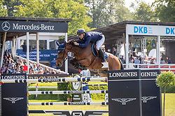 FREDRICSON Peder (SWE), H&M All In<br /> Hamburg - 90. Deutsches Spring- und Dressur Derby 2019<br /> LONGINES GLOBAL CHAMPIONS TOUR Grand Prix of Hamburg<br /> CSI5* Springprüfung mit Stechen <br /> Wertungsprüfung für die LGCT, 6. Etappe<br /> 01. Juni 2019<br /> © www.sportfotos-lafrentz.de/Stefan Lafrentz