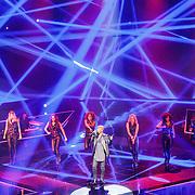 NLD/Hilversum/20160109 - 4de live uitzending The Voice of Holland 2015, optreden Ivan Peroti