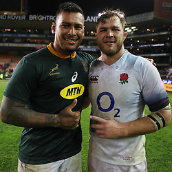 Nathan Hughes of England with Duane Vermeulen of South Africa during the 2018 Castle Lager Incoming Series 3rd Test match between South Africa and England at Newlands Rugby Stadium,Cape Town,South Africa. 23,06,2018 Photo by (Steve Haag JMP)