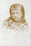 drawing style 1900s little girl portrait