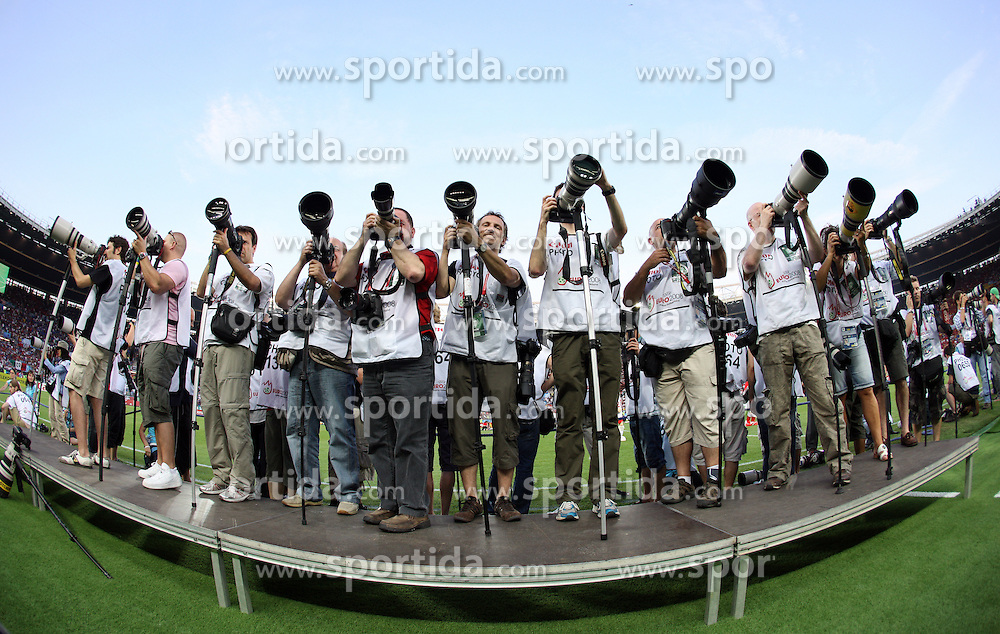 Photographers shooting the VIP tribune before the UEFA EURO 2008 Quarter-Final soccer match between Spain and Italy at Ernst-Happel Stadium, on June 22,2008, in Wien, Austria. Spain won after penalty shots 4:2. (Photo by Vid Ponikvar / Sportal Images)