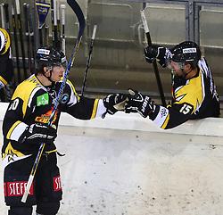 31.08.2013, Albert Schultz Eishalle, Wien, AUT, European Trophy, UPC Vienna Capitals vs HV71, im Bild Torjubel Mario Fischer, (UPC Vienna Capitals, #50) und Francois Fortier, (UPC Vienna Capitals, #15)  // during the European Trophy Icehockey match betweeen UPC Vienna Capitals (AUT) vs HV71 (SWE) at the Albert Schultz Eishalle, Vienna, Austria on 2013/08/31. EXPA Pictures © 2013, PhotoCredit: EXPA/ Thomas Haumer