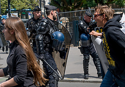 May 25, 2019 - Nantes, France - Some tensions between yellow vests and mobile gendarmes broke out near the town hall of Nantes..On May 25, 2019 in Nantes, France for Act 28 of their movement, the Yellow Vests participated in the march for the climate organized by the ''Citizens for Climate and the Living''. In total, a procession of 800 people marched in the city center. (Credit Image: © Estelle Ruiz/NurPhoto via ZUMA Press)