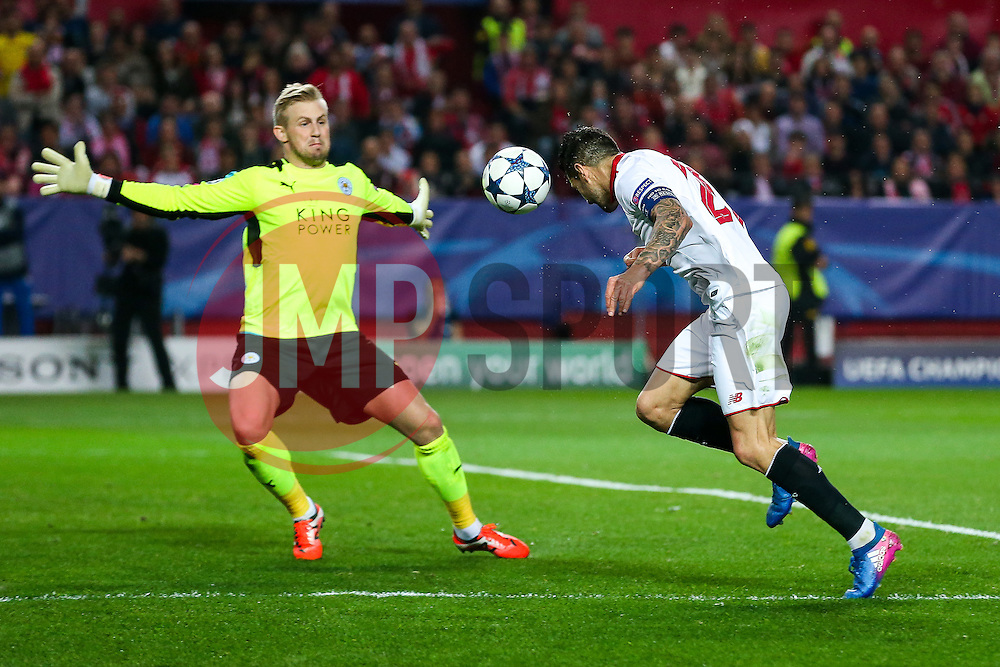 Vitolo of Sevilla has his headed sjot blocked by Kasper Schmeichel of Leicester City - Rogan Thomson/JMP - 22/02/2017 - FOOTBALL - Estadio Ramon Sanchez Pizjuan - Seville, Spain - Sevilla FC v Leicester City - UEFA Champions League Round of 16, 1st Leg.