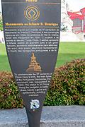 Portugal, Porto, Ribeira, Jardim do Infante Dom Henrique, Henry the Navigator statue and Mercado Ferreira Borges