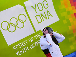 """21.01.2012, Bobbahn Igls, Innsbruck, AUT, Olympische Jugend Winterspiele, Skeleton, Damen, im Bild Olympiasiegerin Jacqueline Loelling (GER).. // Olympic Champion Jacqueline Loelling (GER).. during the Womens Skeleton of the Winter Youth Olympic Games at the """"Bob Track Igls"""", Innsbruck, Austria on 2012/01/21, EXPA Pictures © 2012, PhotoCredit: EXPA/ Juergen Feichter"""