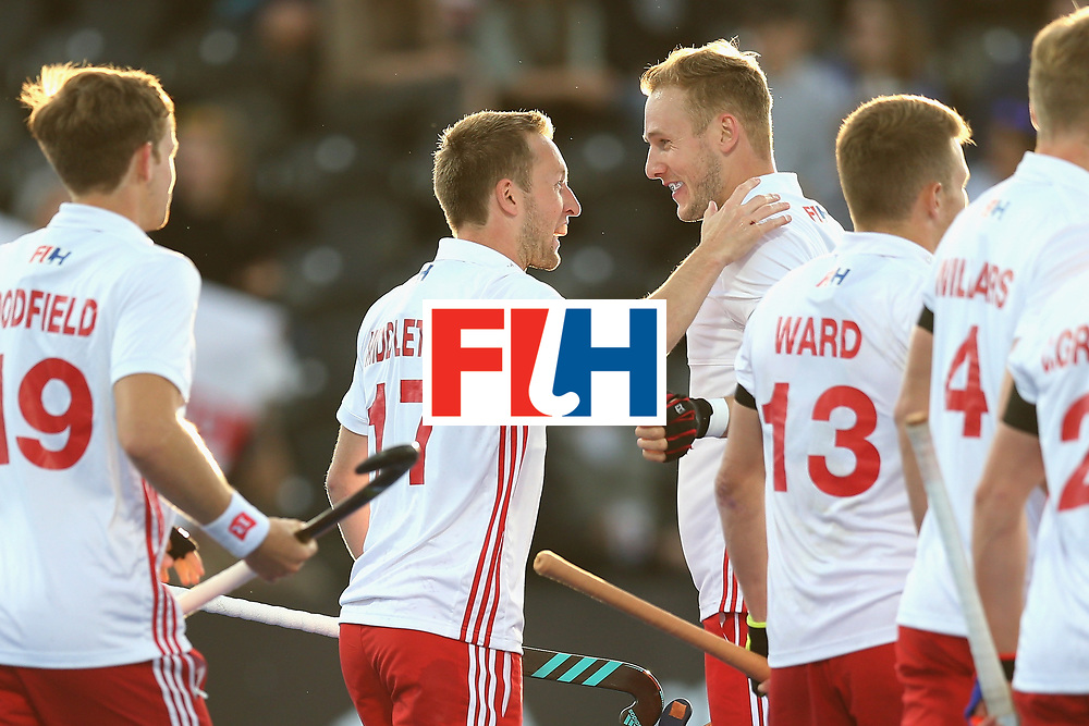 LONDON, ENGLAND - JUNE 15: Barry Middleton of England celebrates scoring his sides first goal with his England team mates during the Hero Hockey World League Semi Final match between India and Scotland at Lee Valley Hockey and Tennis Centre on June 15, 2017 in London, England.  (Photo by Alex Morton/Getty Images)