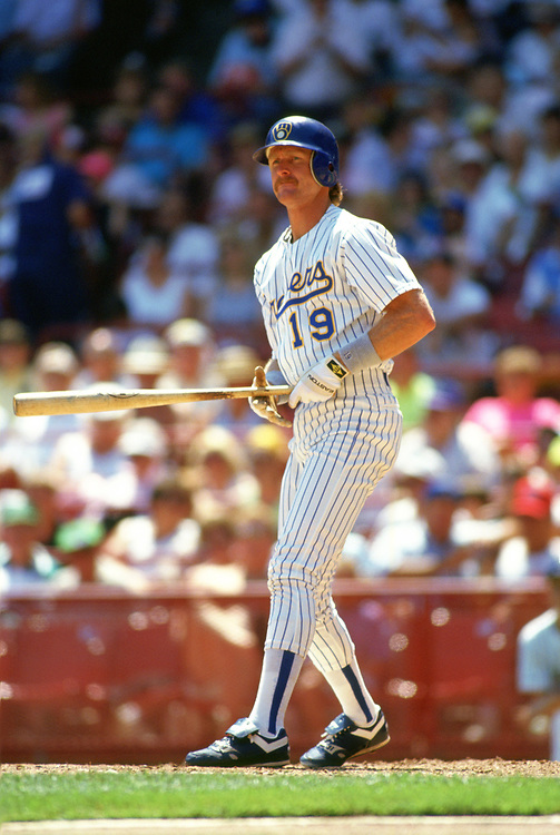 MILWAUKEE - 1989:  Robin Yount of the Milwaukee Brewers bats during an MLB game at County Stadium in Milwaukee, Wisconsin during the 1989 season. (Photo by Ron Vesely).  Subject:   Robin Yount