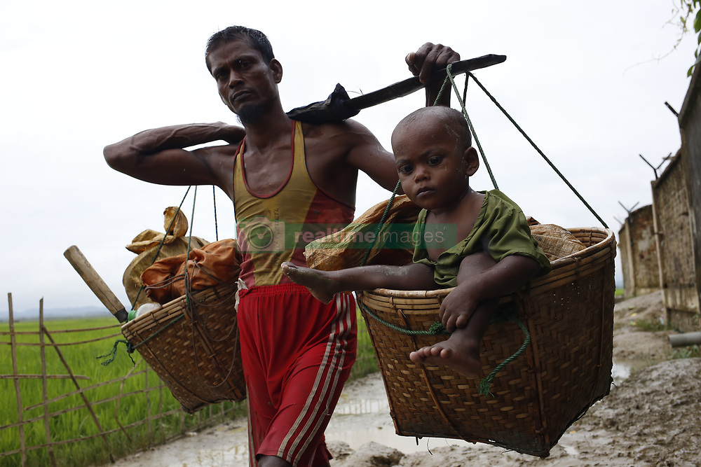September 9, 2017 - Bangladesh - Rohingya refugees are crossing the Myanmar border. (Credit Image: © Md. Mehedi Hasan/Pacific Press via ZUMA Wire)