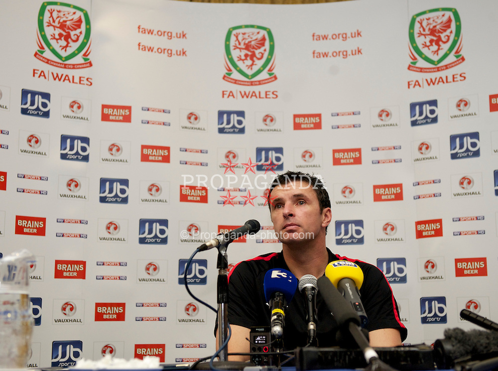 DUBLIN, IRELAND - Monday, February 7, 2011: Wales' manager Gary Speed MBE during a press conference at the Roganstown Hotel & Country Club ahead of the opening Carling Nations Cup match against the Republic of Ireland. (Photo by David Rawcliffe/Propaganda)