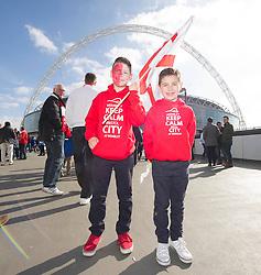 Bristol Fans on wembley way. - Photo mandatory by-line: Alex James/JMP - Mobile: 07966 386802 - 22/03/2015 - SPORT - Football - London - Wembley Stadium - Bristol City v Walsall - Johnstone Paint Trophy Final