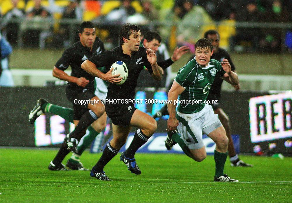 Conrad Smith breaks to set up the All Blacks' first try.<br /> International Test Match - All Blacks v Ireland, Westpac Stadium, Wellington. Saturday 7 June 2008. Photo: Dave Lintott/PHOTOSPORT