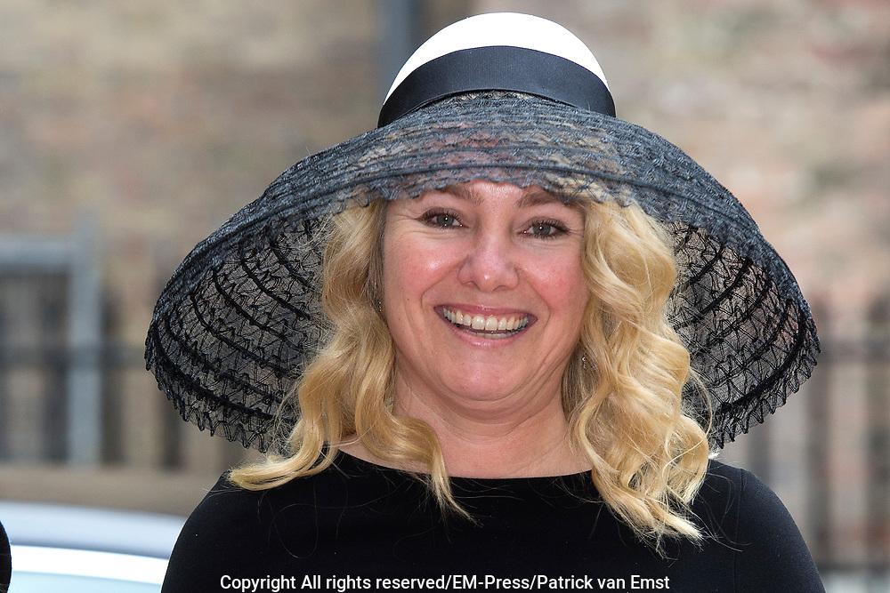 Prinsjesdag - Aankomst politici bij de Ridderzaal. Zoals ieder jaar ging Prinsjesdag ook dit keer weer gepaard met hoedjes in allerlei soorten en maten.<br /> <br /> Op de foto / On the photo: <br />  Melanie Schultz van Haegen