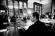 Ignazio Marino durante la prima giunta di Roma Capitale nella sala delle Bandiere al Campidoglio. Roma, 27 giugno 2013. Christian Mantuano / OneShot