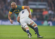 Twickenham, United Kingdom.  hris ROBSHAW, tackling, JP PIETERSEN, during the Old Mutual Wealth Series Match: England vs South Africa, at the RFU Stadium, Twickenham, England, Saturday, 12.11.2016<br /> <br /> [Mandatory Credit; Peter Spurrier/Intersport-images]