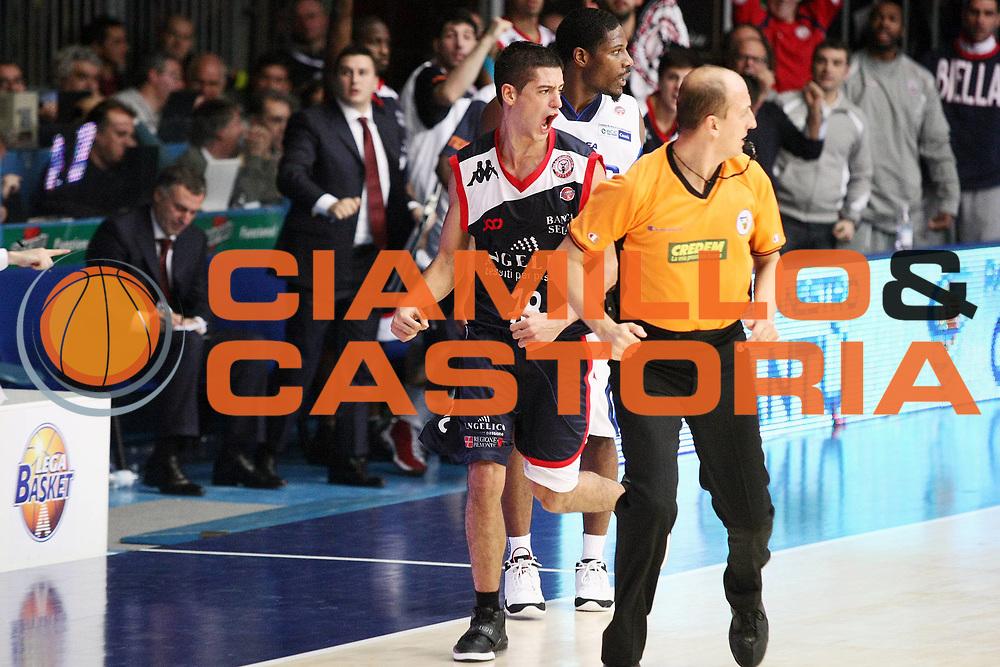 DESCRIZIONE : Cantu Lega A 2009-10 NGC Medical Cantu Angelico Biella<br /> GIOCATORE : Massimo Chessa<br /> SQUADRA : Angelico Biella<br /> EVENTO : Campionato Lega A 2009-2010 <br /> GARA : NGC Medical Cantu Angelico Biella<br /> DATA : 21/11/2009<br /> CATEGORIA : Ritratto Esultanza<br /> SPORT : Pallacanestro <br /> AUTORE : Agenzia Ciamillo-Castoria/G.Cottini<br /> Galleria : Lega Basket A 2009-2010 <br /> Fotonotizia : Cantu Campionato Italiano Lega A 2009-2010 NGC Medical Cantu Angelico Biella<br /> Predefinita :