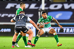 Monty Ioane of Benetton Treviso in action during todays match<br /> <br /> Photographer Craig Thomas/Replay Images<br /> <br /> Guinness PRO14 Round 4 - Ospreys v Benetton Treviso - Saturday 22nd September 2018 - Liberty Stadium - Swansea<br /> <br /> World Copyright © Replay Images . All rights reserved. info@replayimages.co.uk - http://replayimages.co.uk