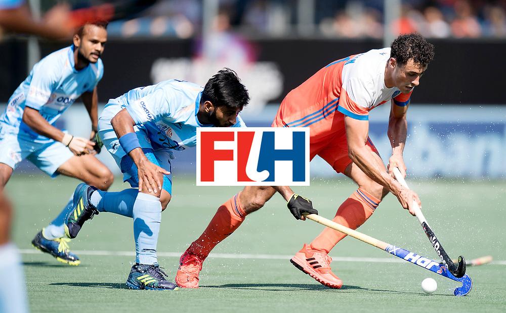 BREDA - Rabobank Hockey Champions Trophy<br /> The Netherlands - India<br /> Photo: Glenn Schuurman and Manpreet Singh.<br /> COPYRIGHT WORLDSPORTPICS FRANK UIJLENBROEK