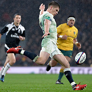 18.11.2017 Old Mutual Wealth Series International Rugby England Vs Australia at RFU Twickenham Stadium UK  <br />  Englands Henry Slade in action during the match which was won by England 30-6