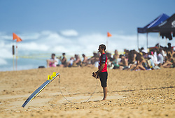 December 8, 2017 - Banzai Pipeline, HI, USA - BANZAI PIPELINE, HI - DECEMBER 8, 2017 - A surfer waits for his heat to compete in the World Surf League Men's Pipe Invitational at Backdoor Pipeline  Friday to qualify for the upcoming Billabong Pipe Masters. (Credit Image: © Erich Schlegel via ZUMA Wire)